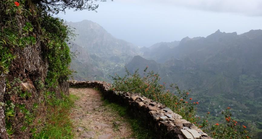 trekking cova de paul santo antao