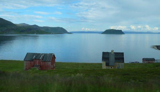 tundra mare norvegia