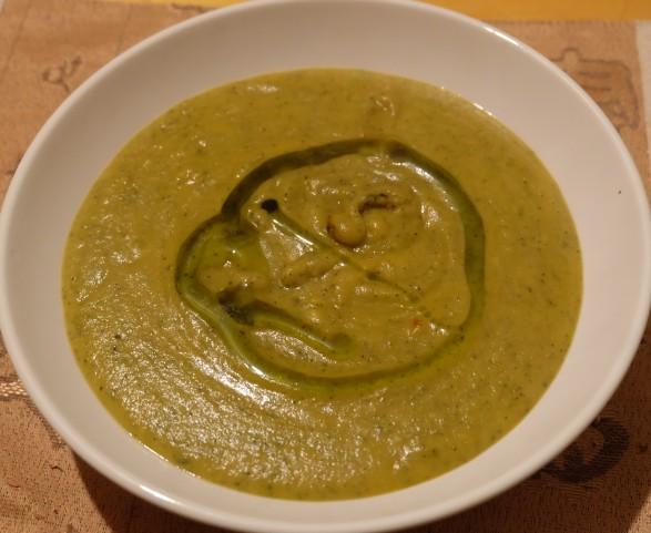 ricetta vellutata zucchine zattar mirto e menta