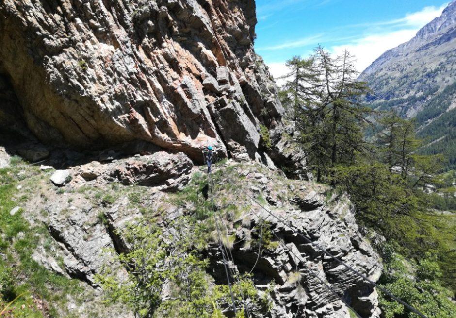 via ferrata di casimiro val di rhemes valle aosta escursione ponte tibetano