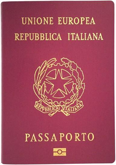 viaggiare da soli passaporto