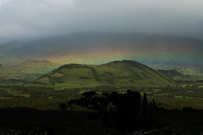 Arcobaleno sul vulcano