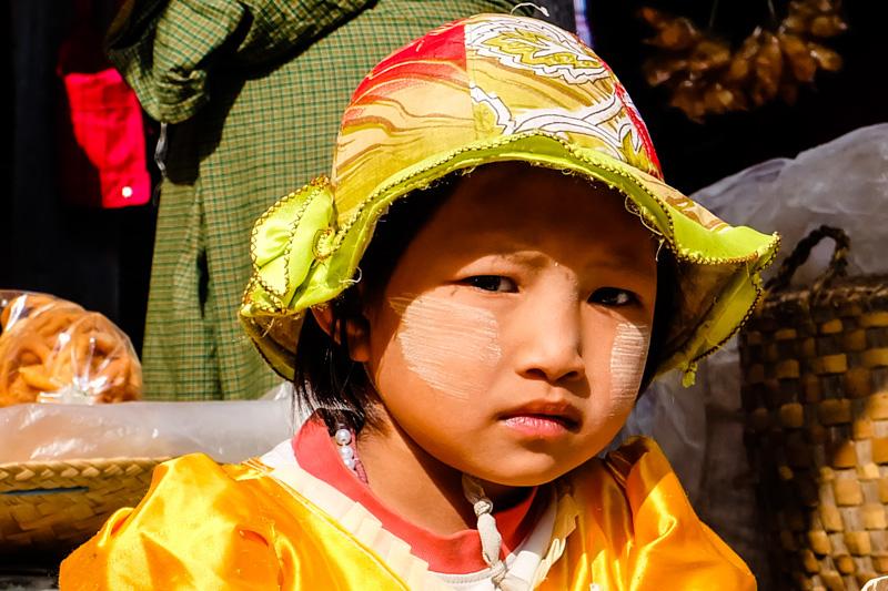 viaggio in Birmania, bambina