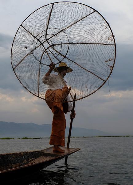 viaggio in Birmania, pescatore