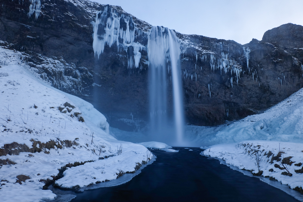 viaggio in Islanda Seljalandsfoss inverno