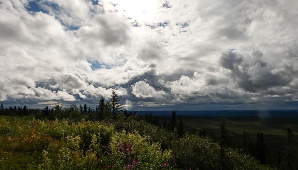 viaggio in canada dempster highway artico nuvole